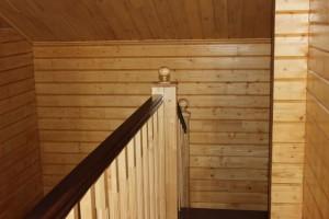 Лаковое покрытие лестницы