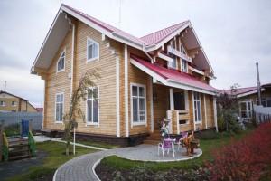 Защитное покрытие дома из дерева