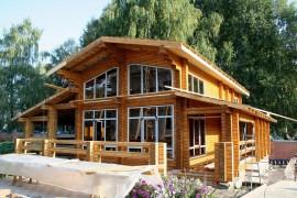 Покрытие деревянного дома снаружи